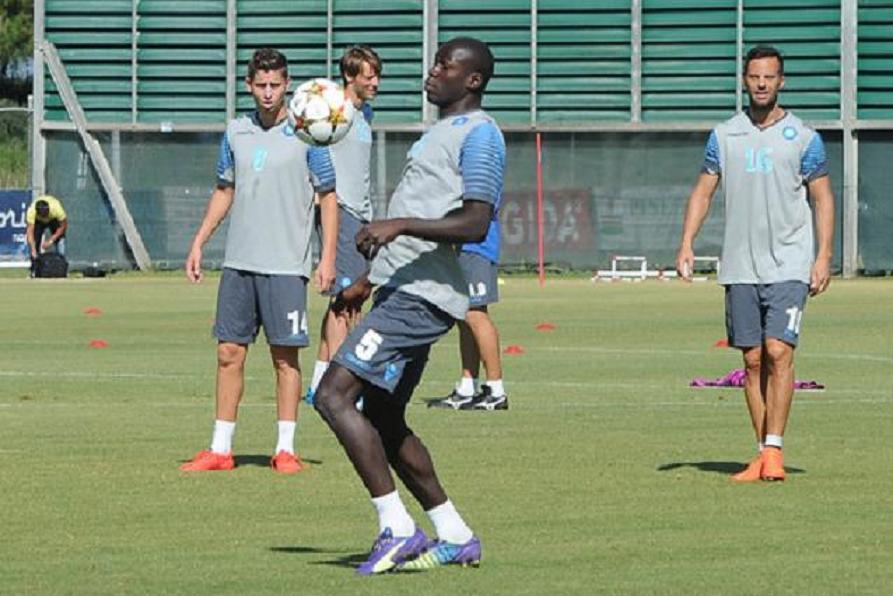 Gli azzurri verso il ritorno play off di Champions contro l'Athletic Bilbao, allenamento mattutino