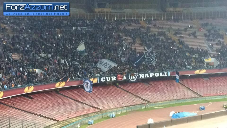 """Comunicato congiunto di alcuni Club Napoli: """"Noi stiamo con Sarri, ora più di prima"""""""