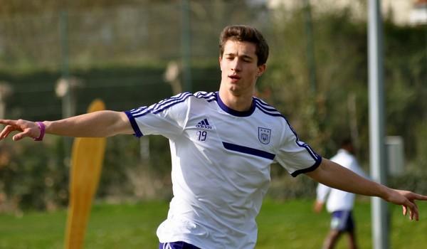 Napoli, per la difesa spunta un altro calciatore