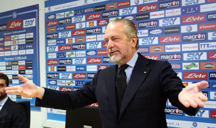 """VIDEO - De Laurentiis piomba in sala stampa: """"Questa vittoria la dedichiamo al giudice Sandulli, lo ringraziamo!"""""""