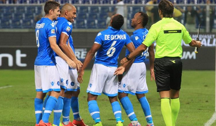 """La Repubblica: """"Il rifiuto di un calciatore azzurro può minare la serenità dello spogliatoio"""""""