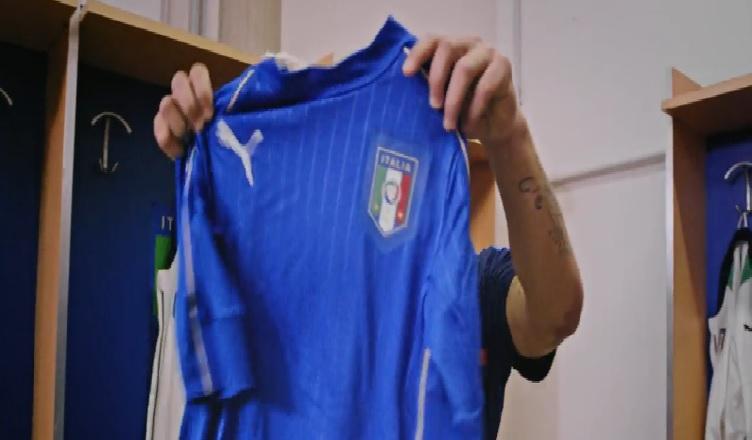 CURIOSITA' – L'Italia presenta la nuova maglia e sarà Dries Mertens a battezzarla