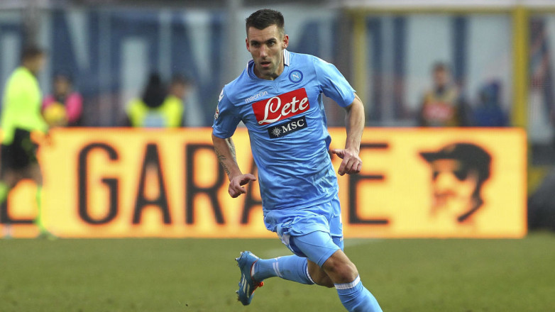 Addio al calcio: un ex Napoli annuncia il ritiro e pubblica due foto su Instagram