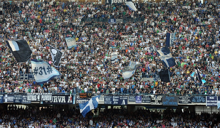 NAPOLI-CROTONE, la carica dei 40.000!