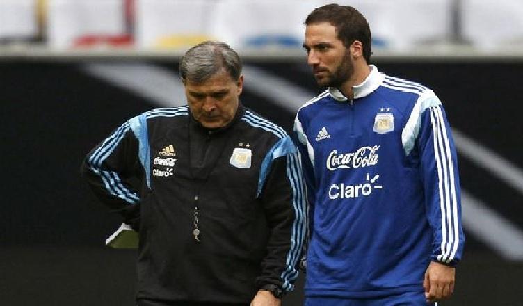 """Martino (ct Argentina): """"Con Higuain abbiamo parlato del Napoli. Titolare contro la Bolivia? Vi spiego…"""""""