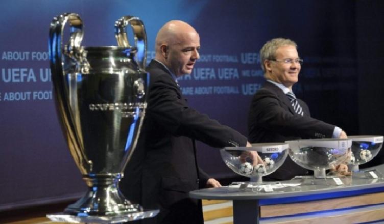 Sorteggi Champions League, il Napoli sarà inserito in seconda fascia. Ecco perchè…