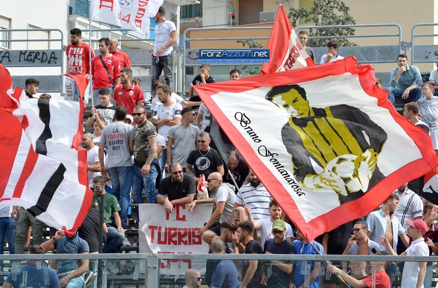 PHOTOGALLERY – Turris-Due Torri 1-0. Cronaca e immagini del match