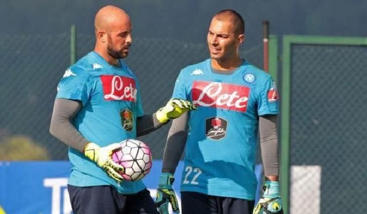"""Rinnovo Reina, Il Mattino: """"La concorrenza è uno stimolo per Pepe, ma il Napoli al momento ha altri programmi…"""""""
