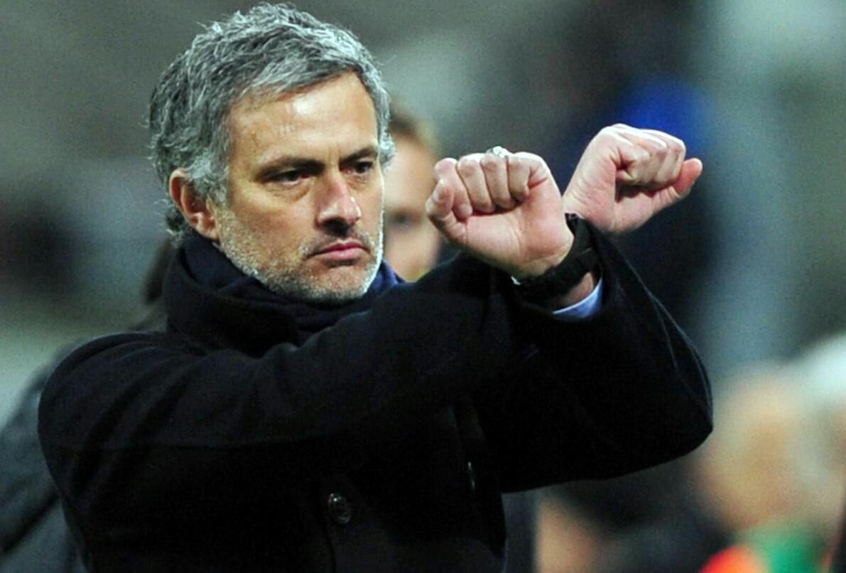 Mourinho guarda in casa Napoli, vuole un titolarissimo