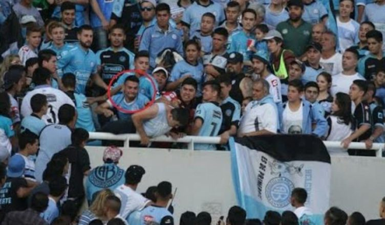 Follia ultras in Argentina: tifoso gettato dalla tribuna