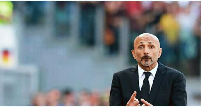 Monchi annuncia: 'Ho chiesto a Totti di lavorare insieme a me'
