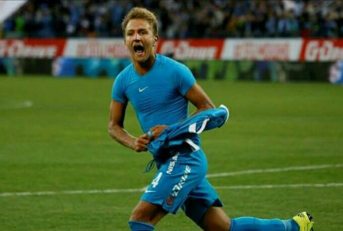 """Criscito: """"Il calcio del Napoli è stupendo, in tutto il mondo se ne sono accorti. Venire  al Napoli? Certo!"""""""
