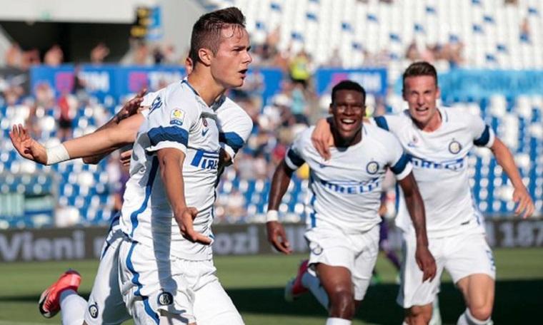 PRIMAVERA- Vanheusden e Pinamonti consegnano il Tricolore all'Inter