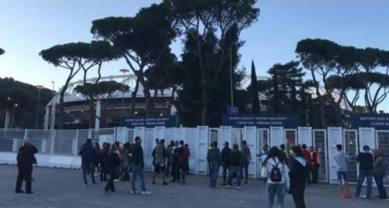 Assurdo! Tifosi del Napoli aggrediti dai laziali: la testimonianza shock del tifoso azzurro