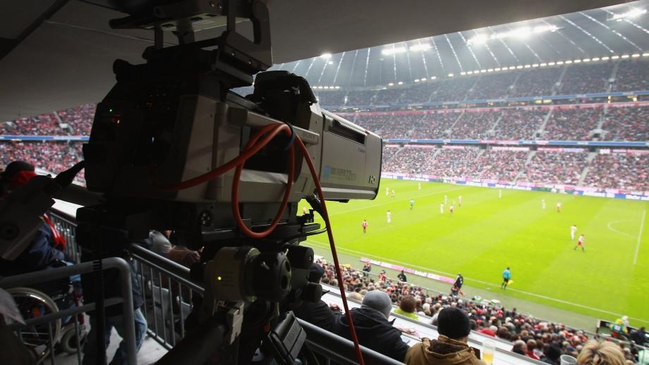 Champions in TV, accordo Sky-Mediaset: alcune gare andranno in chiaro