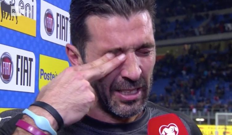 Juve, Buffon feroce con i compagni: