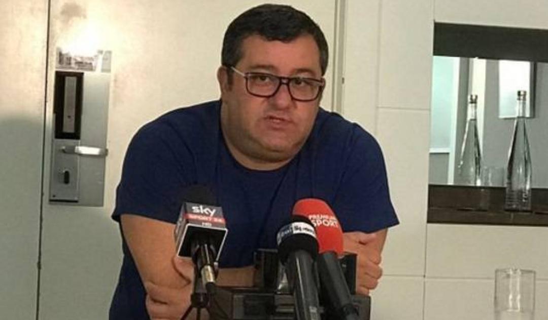 Cm.it – Raiola nel ritiro del Napoli,  per Bernardeschi. La Juve offre anche Douglas Costa per Milik