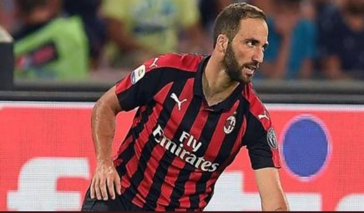 Inter-Milan, Icardi sfida Higuain: le pagelle dei due bomber