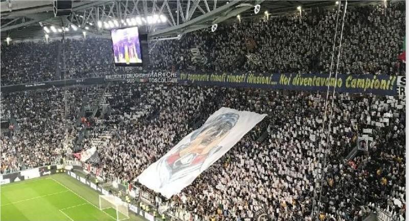Juventus, ancora insulti e razzismo contro Napoli, settore Stadium Curva Sud a rischio chiusura: ecco perchè