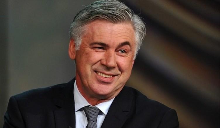 """Ancelotti saluta sui social: """"Grazie al presidente. Forza Na"""