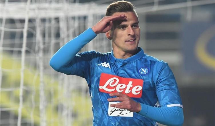 Napoli, Milik segna con la Polonia: gol magnifico del centra