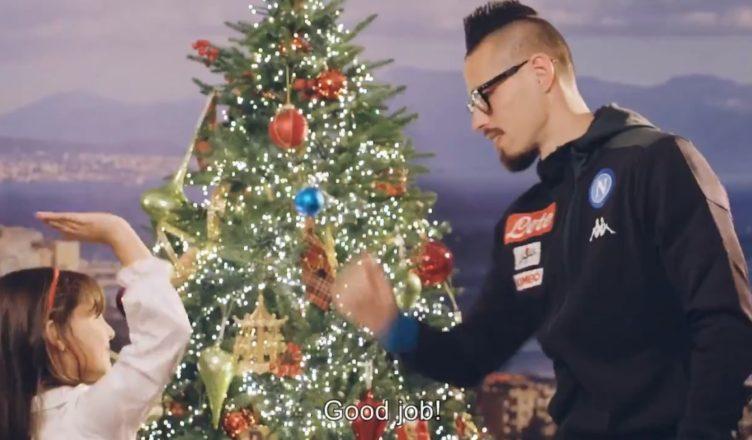 Buon Natale Napoletano.Video La Ssc Napoli Augura Buon Natale Ai Suoi Supporters