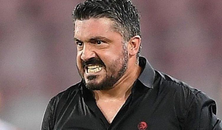 VIDEO - Il Milan arriva a Malpensa: furia Gattuso spacca il telefono a un giornalista!