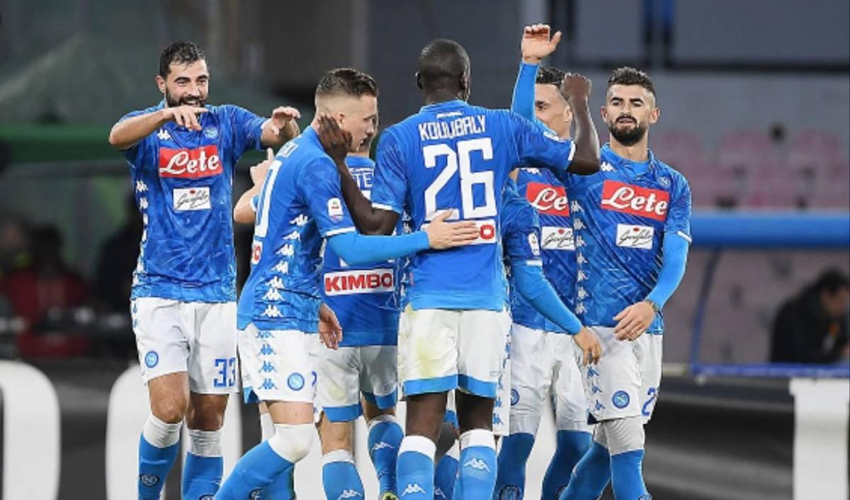 """Rai, Varriale: """"Può lasciare Napoli, non vuole chiudere la carriera in azzurro. Ancelotti non si fida dei terzini, serve qualità…"""""""