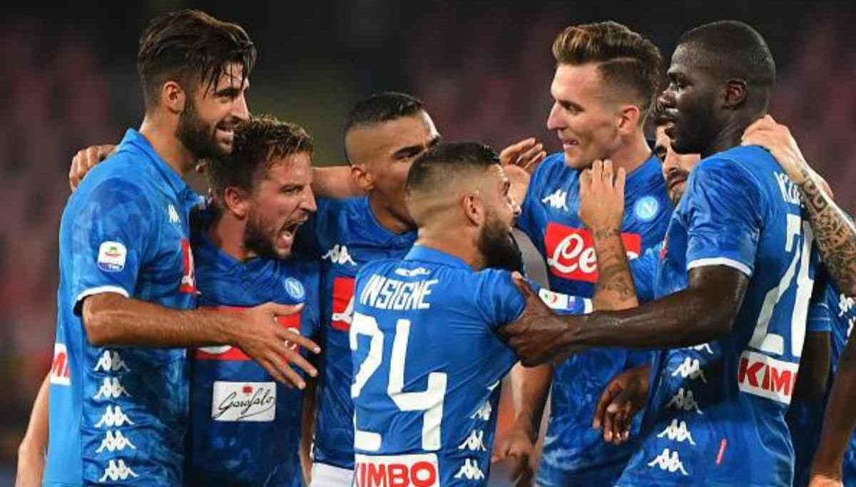 Bologna-Napoli 3-2, le pagelle: Mertens e Callejon cambiano la gara, 3 azzurri disastrosi