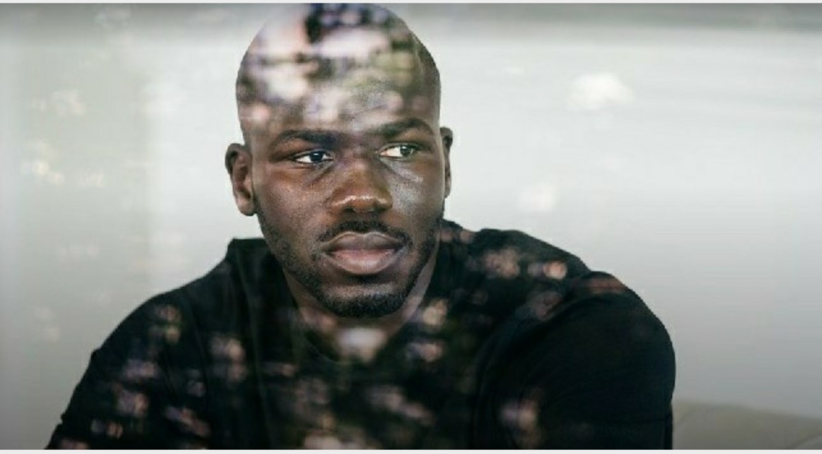 """Koulibaly a 360 gradi, da brividi: """"Per tutti sono il 'napoletano'. L'infanzia, il ritorno in Senegal, il razzismo. La nascita di mio figlio col pazzo di Sarri, lo scherzo di Benitez e ADL che voleva i soldi indietro…"""""""