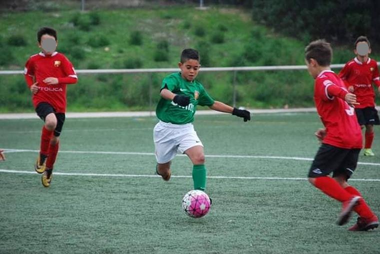 ESCLUSIVA – Il giovane talento napoletano Enzo Romano confermato nella cantera della CF Damm di Barcellona