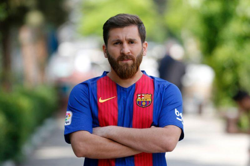 Reza Parastesh – Il sosia di Messi denunciato dalle autorità iraniane.