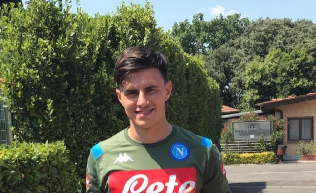 FOTO – Elmas, primo scatto con la maglia del Napoli!