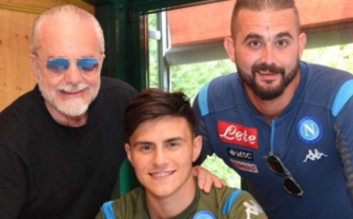 FOTO  – UFFICIALE – Eljif Elmas al Napoli! Il Tweet di De Laurentiis