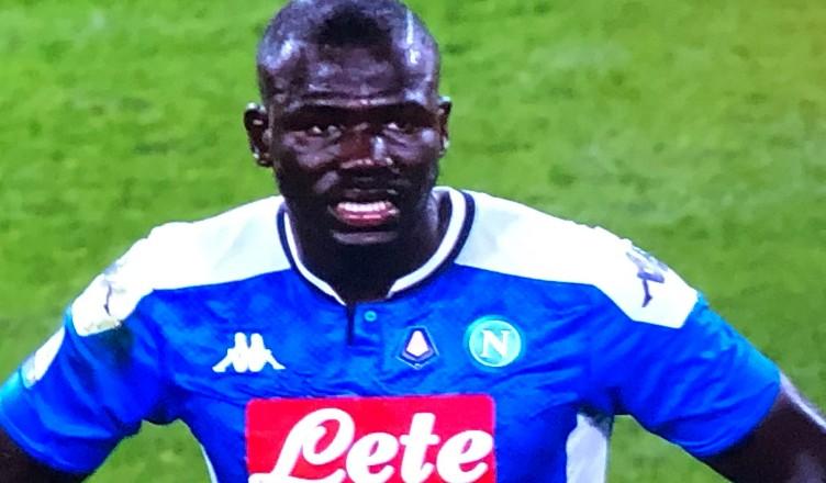 Juventus-Napoli 4-3, le pagelle: azzurri col cuore ma è disastro Koulibaly. Bene Lozano