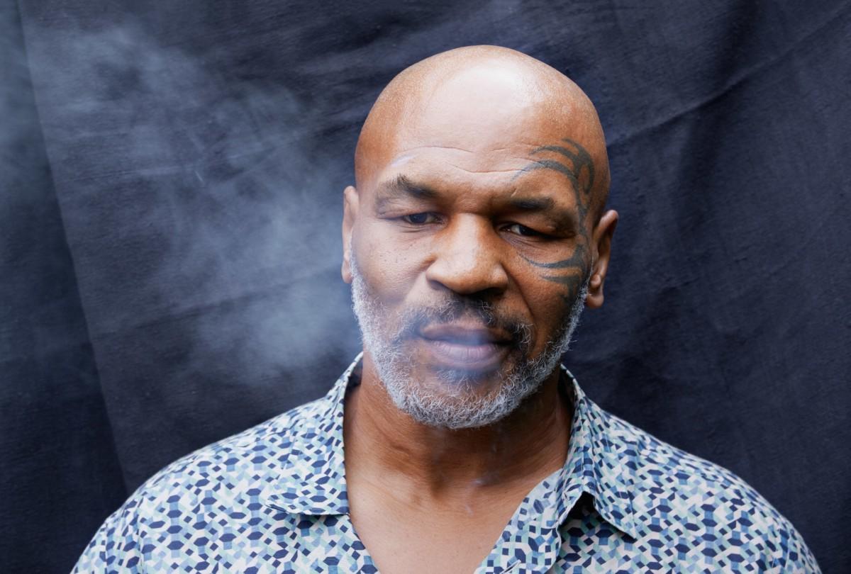 """Mike Tyson – Dichiarazione shock: """"Fumo 40.000 dollari di marijuana al mese"""""""