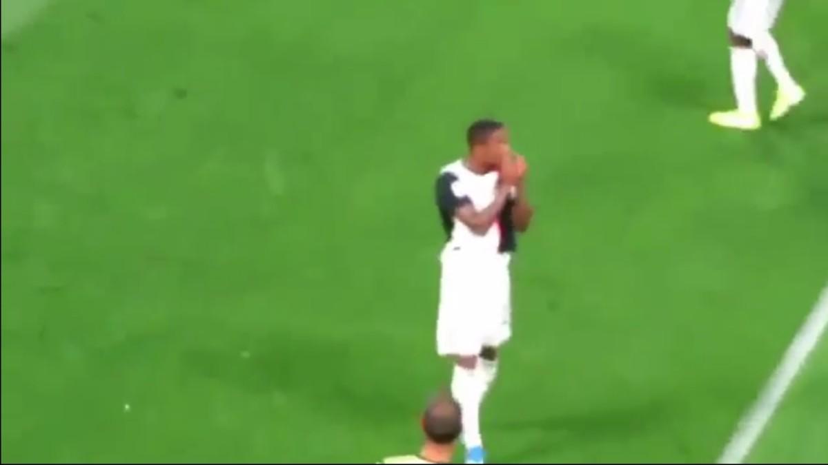 VIDEO  – Juventus-Napoli, esultanza provocatoria di Costa diretta ai tifosi azzurri dopo l'autogol di Koulibaly