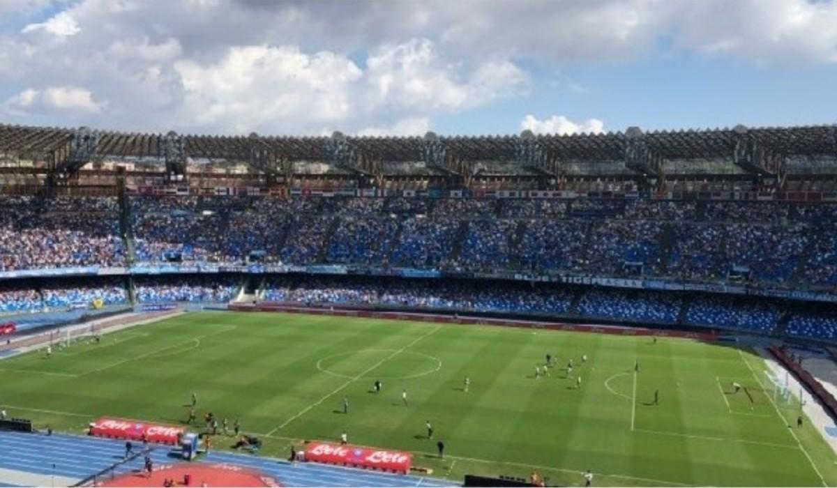 Napoli: giocatori fischiati al S.Paolo - Campania
