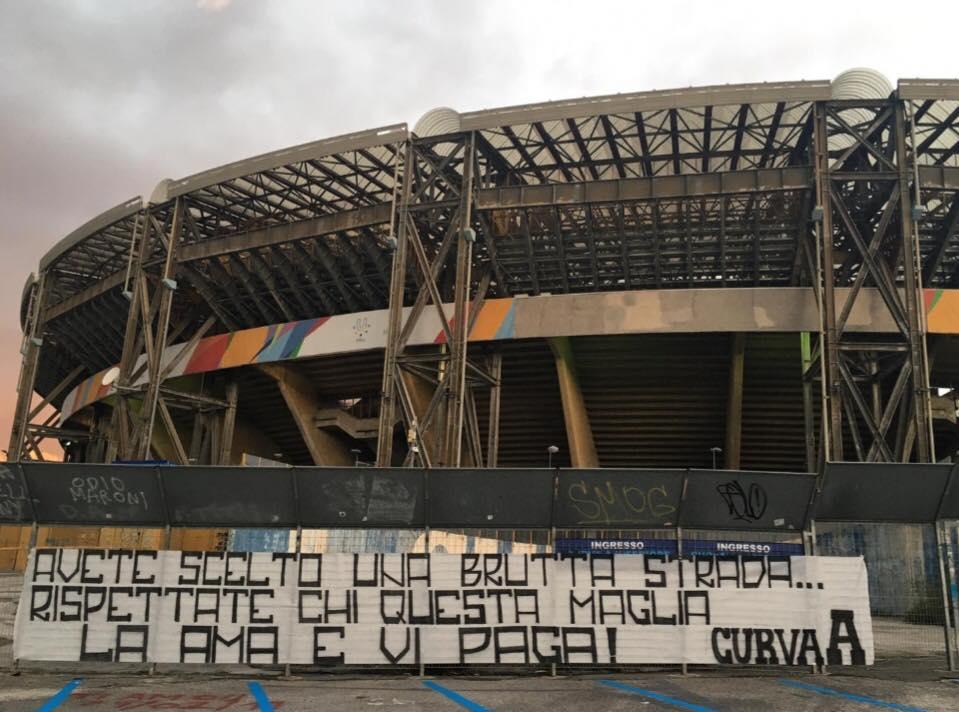 """CDS: """"A Napoli mezza rivolta, squadra incompiuta come la sua città"""""""