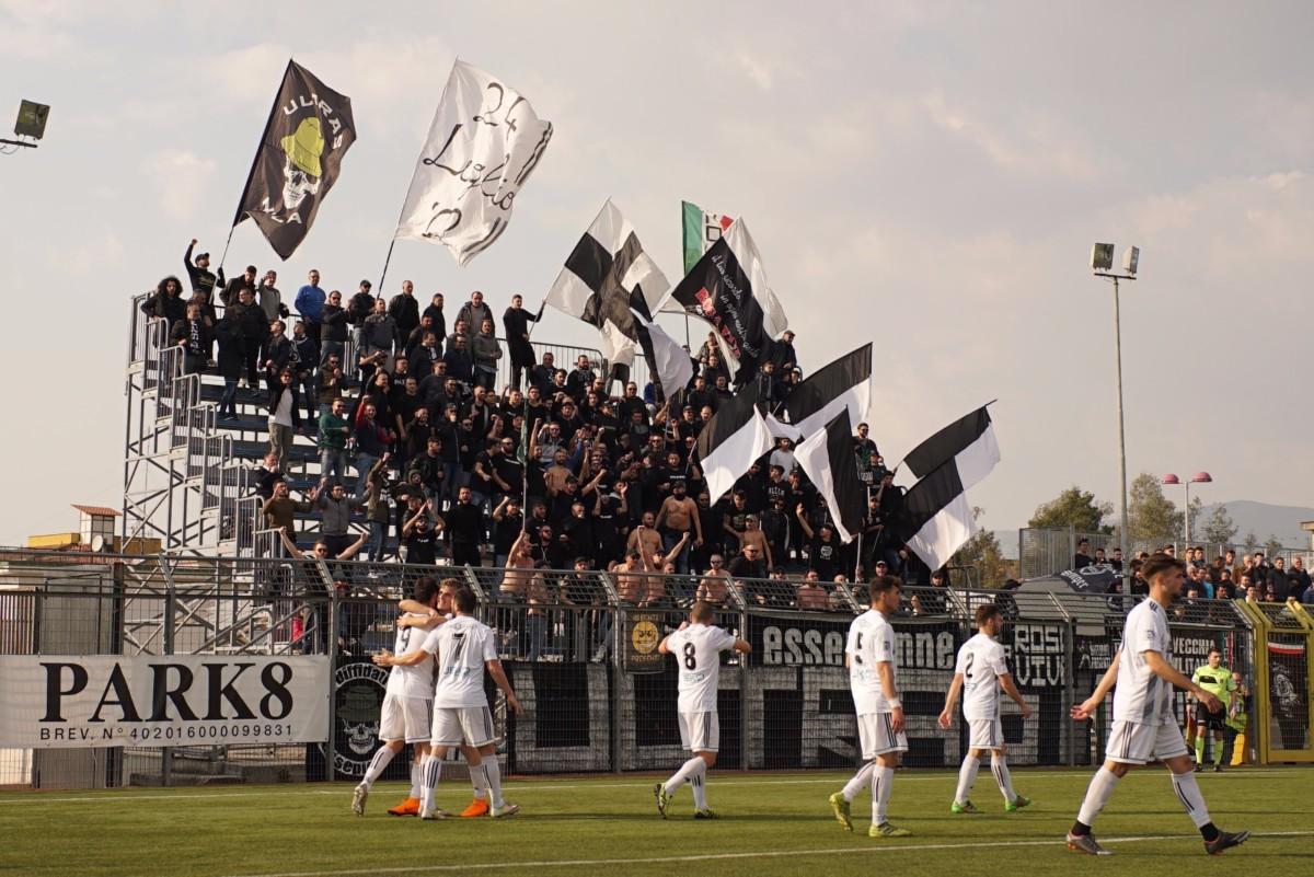 Calcio in Campania, ma senza il Napoli