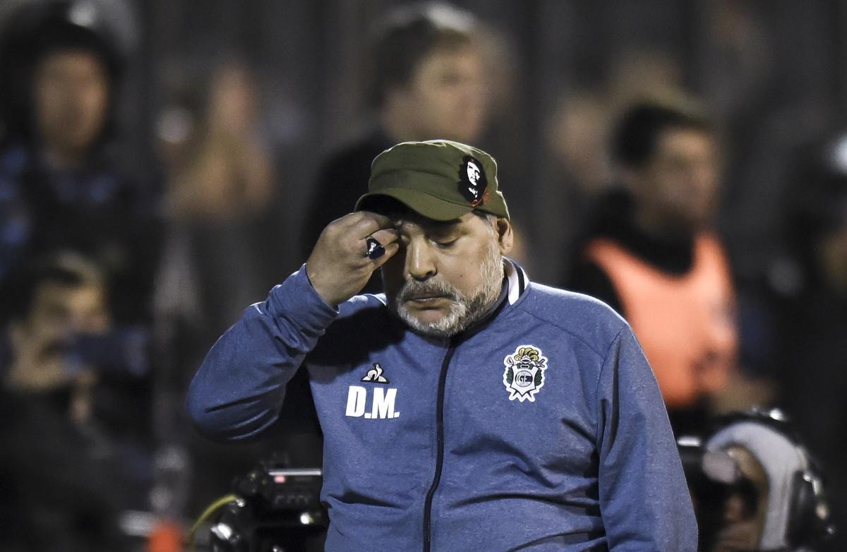 UFFICIALE – Maradona lascia il Gimnasia, la decisione non è di natura tecnica