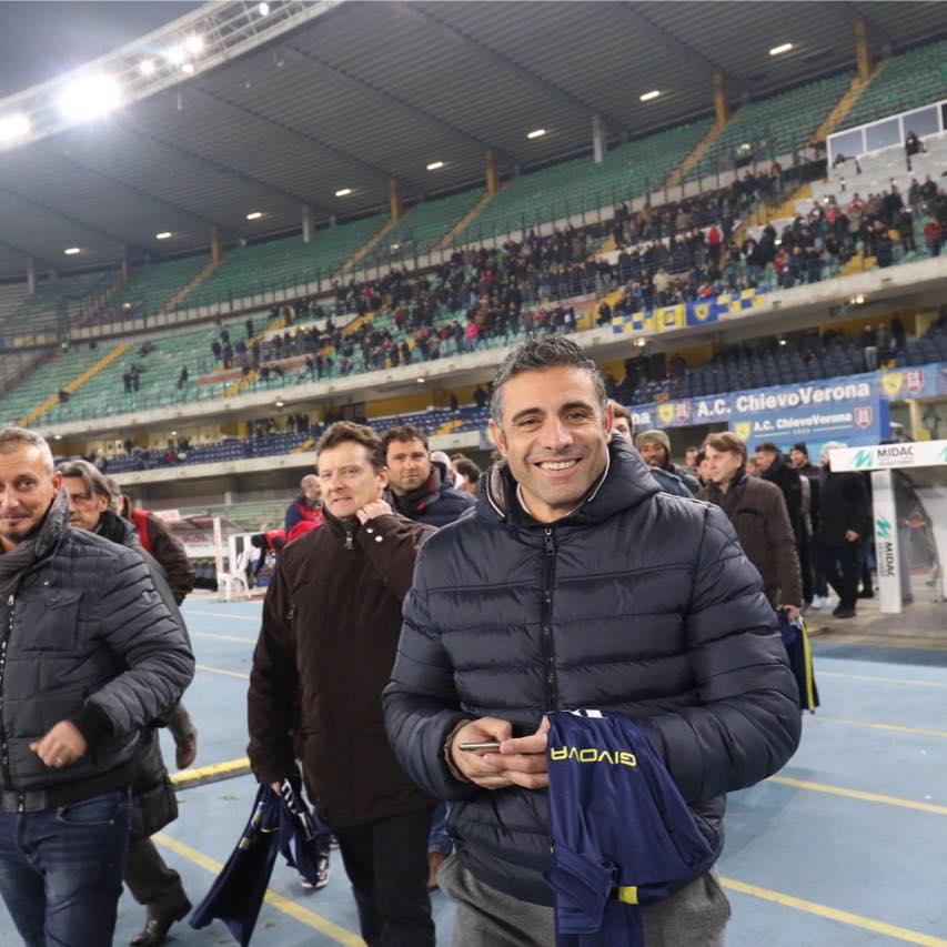 Max Esposito ex scugnizzo napoletano ci parla del Napoli e s