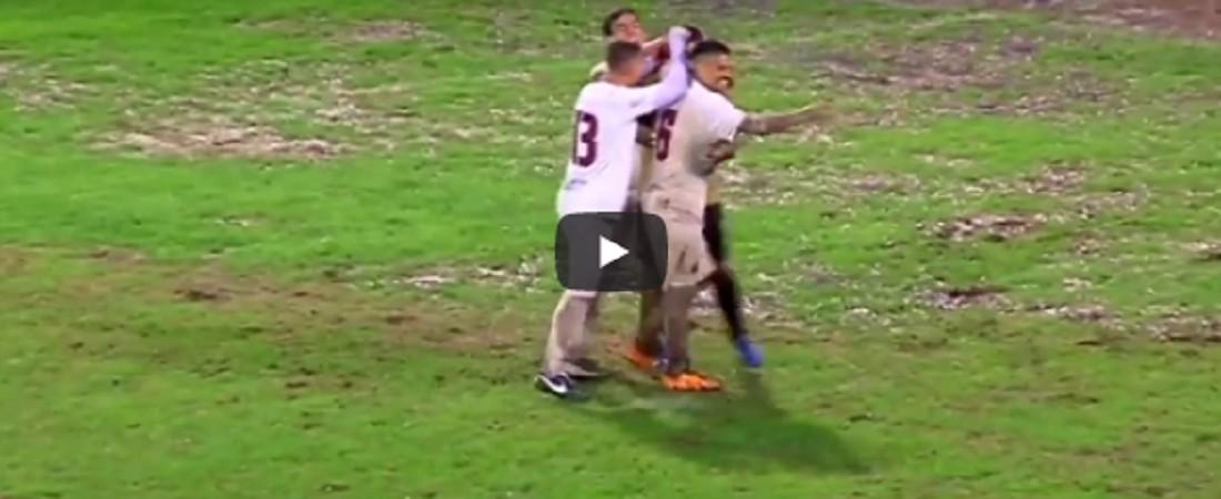 Gol incredibili – Segna dalla propria aria di rigore – VIDEO