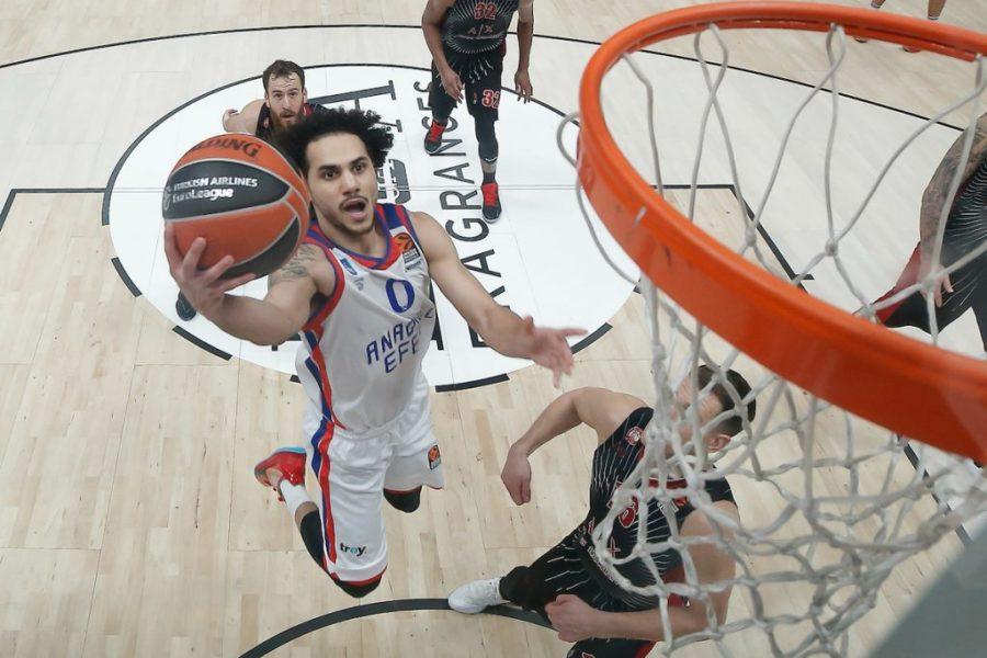 Basket, Eurolega 2019 2020: l'Efes vince il derby con il Fen