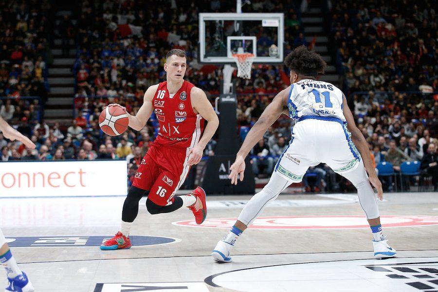 Basket |  l'Olimpia Milano alle prese con il ko di Nemanja Nedovic |  si teme un lungo stop