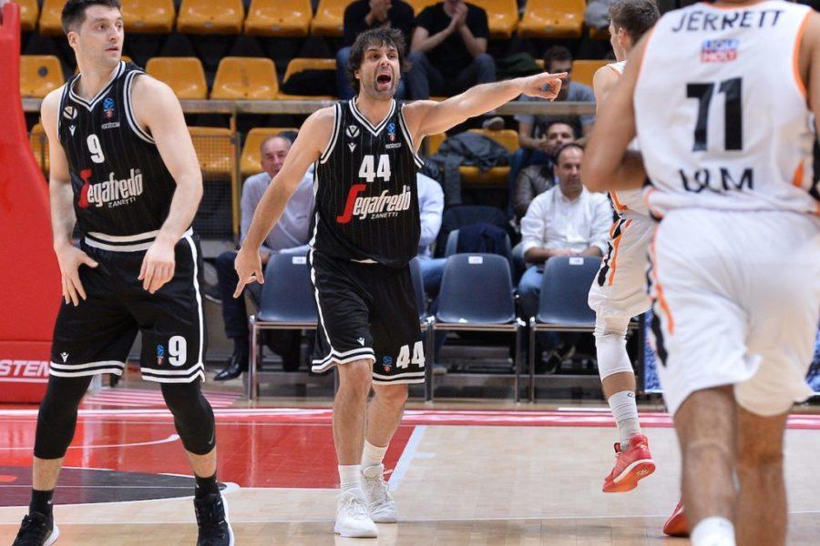 Basket, Serie A 2019 2020: doppia doppia di Teodosic e la Vi