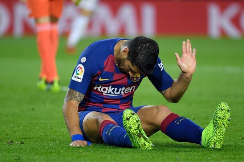 Barcellona – Stagione finita per Luis Suarez, resterà fuori 4 mesi!