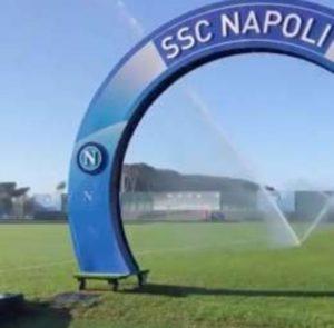 Seduta mattutina per il Napoli a Castel Volturno: momento to