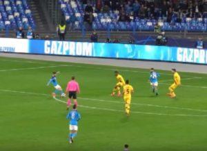 VIDEO – Mertens show contro il Barcellona: il gol ripreso li