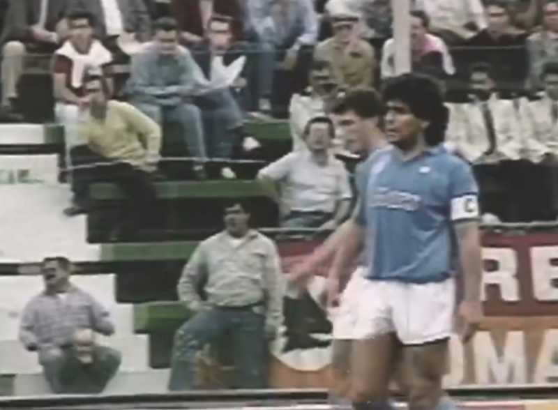 """VIDEO – SSC Napoli: """"Trent'anni fa, una squadra che è rimasta nella leggenda!"""""""
